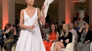 Review: Anja Gockel @ Adlon Kempinski Berlin MBFW (S/S 2020)